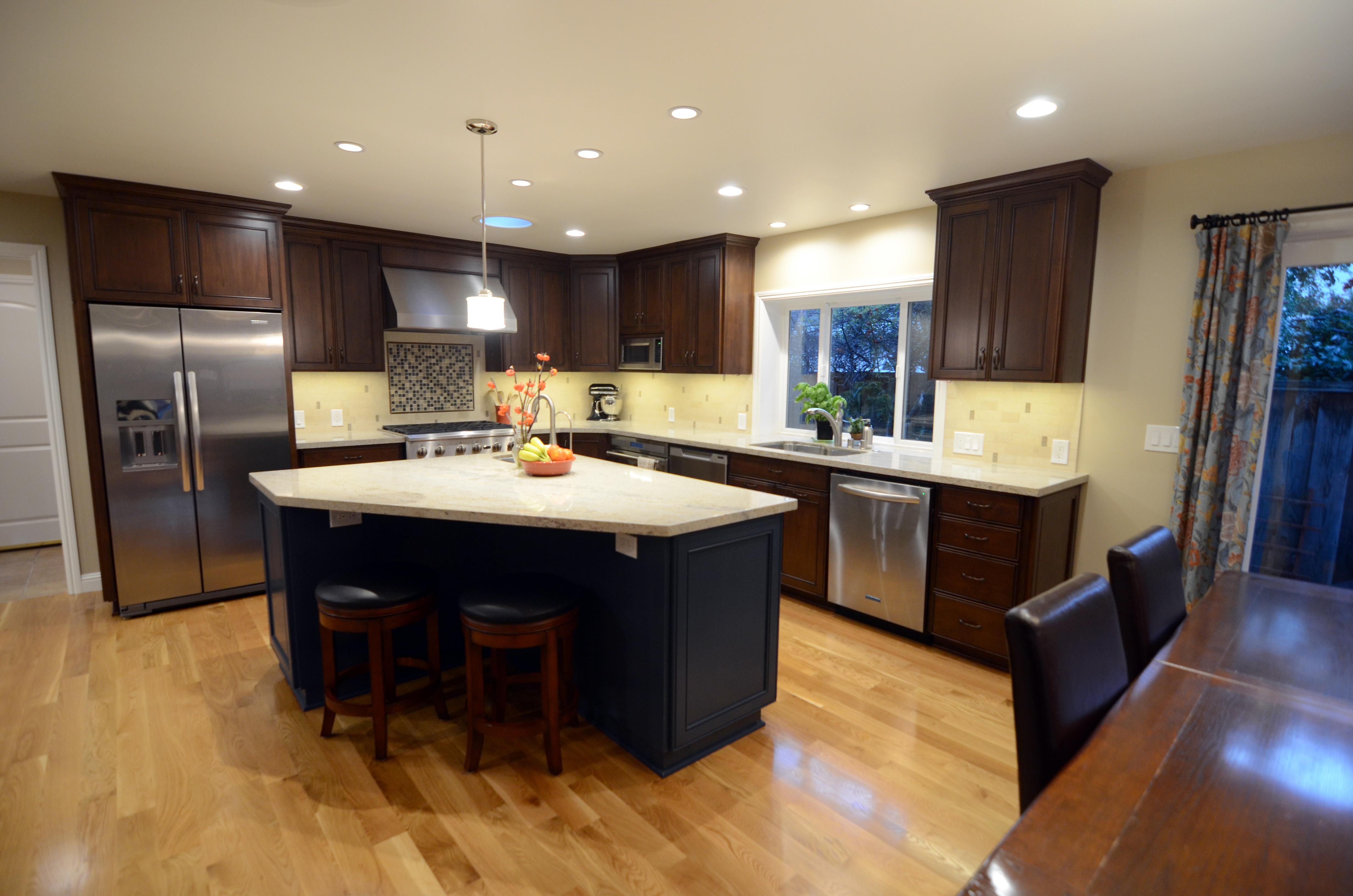 Corner Kitchen Design Ideas